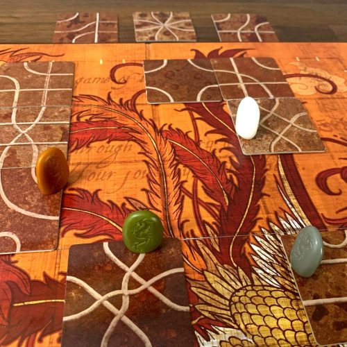 Tsuro game variant with visible tiles